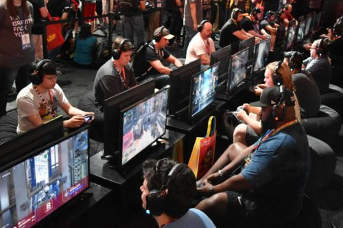 世界最大級のゲーム展示会「E3」で最新FPS『LawBreakers』を体験してきたの巻