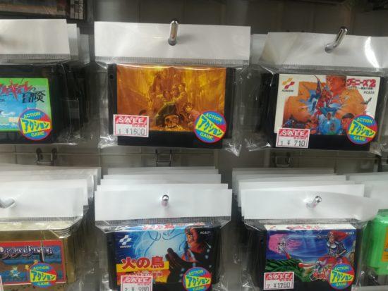 秋葉原のレトロなボタン専門店「岡昌裏地ボタン専門店」とレトロゲームなど