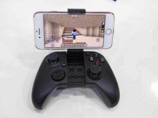 【レポート】Japan IT Weekのブースを少しだけご紹介!アプリ開発プラットフォームのmonacaや、ゲーム機能付きバッテリーなど