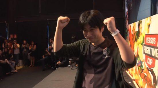 格闘ゲーム「ストリートファイターV AE」のブラジル大会で、ハイタニ選手が優勝!