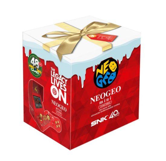 ゲーム機本体と周辺機器がセットになった「NEOGEO mini クリスマス限定版」が近日登場!
