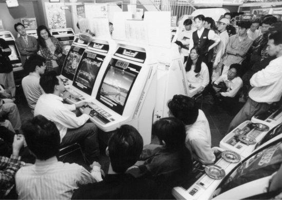 eスポーツがゲームの明日を切り開く、繰り返す歴史とゲームの行方:黒川文雄のエンタメSQOOLデイズ 第10回