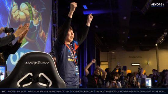 「EVO2019」ドラゴンボールファイターズ部門で日本のGO1選手が優勝、昨年のリベンジを果たす