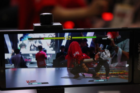 【東京ゲームショウ2019】5Gによるゲーム観戦新時代の到来!ウメハラ、ときどの試合がAR観戦できる「NTTドコモ」ブースレポート