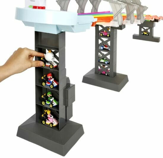 「マリオカート」シリーズの世界を再現!「ホットウィール マリオカート レインボーロード」が8月下旬に発売